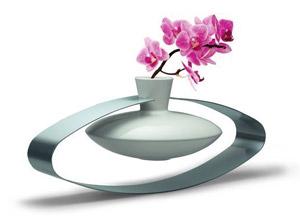 Vase Swing